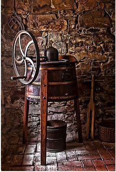 coffee mill, <3