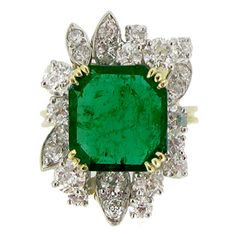 French Emerald Diamond Gold Platinum Cluster Ring circa 1950