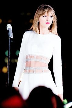 Taylor crazy about her my fav song in 1989 is You Are in Love I've known it since idk long time November cuz I loved Shake it off and blank space I decided to listen to more of her songs and now I know all her songs by her