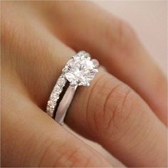 Top Simple And Minimalist Engagement Ring You Want To https://bridalore.com/2017/12/15/simple-and-minimalist-engagement-ring-you-want-to/ #weddingrings