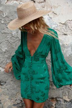 Balloon sleeve mini dress in green jacquard - Isabella Dress – Rat & Boa USA - Balloon sleeve mini dress in green jacquard – Isabella Dress – Rat & Boa USA Source by - Boho Fashion, Fashion Outfits, Womens Fashion, Gothic Fashion, Green Fashion, Steampunk Fashion, Fashion Details, Hijab Fashion, Fashion Tips