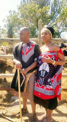 Swazi traditional wedding African Traditional Wedding Dress, Traditional African Clothing, Traditional Wedding Attire, Traditional Outfits, Traditional Weddings, Traditional Design, African Attire, African Fashion Dresses, African Dress