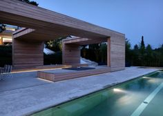 SEE THE 2 VERANDAS POOL HOUSE OVERLOOKING LAKE ZURICH. http://www.selectism.com/2014/04/04/two-verandas-by-gus-wustemann/