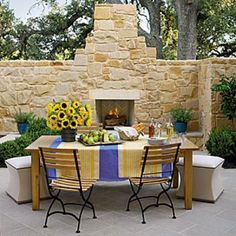 Glowing Outdoor Fireplace Ideas: Courtyard Outdoor Fireplace