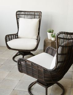 PALECEK SORRENTO SWIVEL LOUNGE CHAIR Powder Coated Aluminum Frame And Base  With Hand Woven All