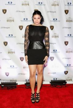 Jordin-Sparks, what do you girls think? How could we give her a modesty makeover? #projectinspired #fashion