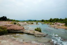 Llano river - the whole area is pink granite...
