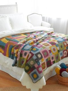 Crochet Squares Granny Design Garden Patch Granny Afghan - this looks so pretty! I've never crocheted a granny square afghan, I have to try this one. Crochet Afghans, Crochet Lion, Crochet Motifs, Crochet Amigurumi, Crochet Quilt, Manta Crochet, Crochet Squares, Knit Or Crochet, Crochet Granny