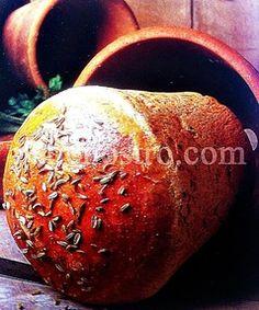 Pane gallese aromatico, cotto in vasi di terracotta - www.panenostro.com