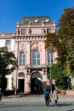 Entrance to the Residential Palace in Darmstadt | photography by http://emilia-jane.com/