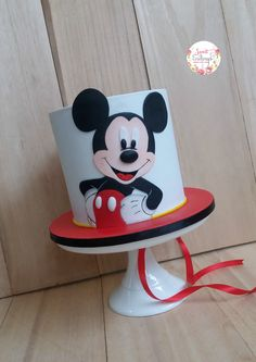 Mickey Mouse Birthday Theme, Mickey 1st Birthdays, Mickey Mouse Cupcakes, Mickey Cakes, Mickey Mouse Clubhouse Birthday, Baby Birthday Cakes, Cake Baby, Bolo Mickey, Mickey Mouse Decorations