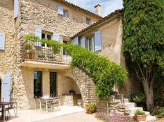 rustic stone house in Provence