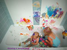 Growing A Jeweled Rose: Bath Fun let kids paint in th bath tub clean up...sooo easy