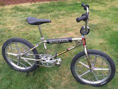 1981 Team Mongoose - BMXmuseum.com