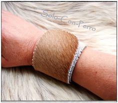 ° TRAMUNTANA No. 2 ° Klack-Armband Kuh Fell Leder  von °  Solo-Con-Perro ° auf DaWanda.com