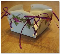 Paper plate basket w/tutorial Would b nice as good box 4 all kinds of parties