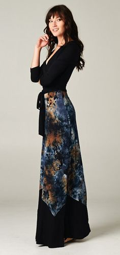 I want this entire outfit in the worst way!!!  (McKayla Dress in Midnight)
