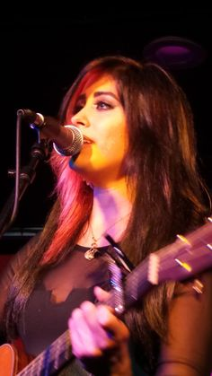 The beautiful and talented @jessmeuse from tonight's performance @UpstairsV in Studio City