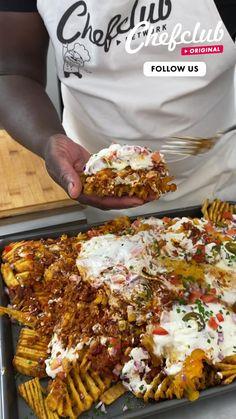Tasty Videos, Food Videos, Cooking Videos, Cheesy Recipes, Cooking Recipes, Healthy Recipes, Creative Food, Food Hacks, Food Dishes