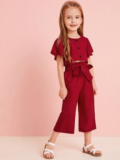 To find out about the Toddler Girls Butterfly Sleeve Top With Self Tie Pants at SHEIN, part of our latest Toddler Girl Two-piece Outfits ready to shop online today! Kids Outfits Girls, Dresses Kids Girl, Toddler Outfits, Girl Outfits, Toddler Girls, Toddler Hair, Girls Pants, Kids Dress Wear, Baby Dress