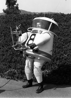Lunar Exploration Suit 1960 #8