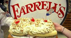 Farrell's IceCream Parlor - Player Piano, Lollapalooza Ice cream, Funky old time uniforms! Har Mar Mall and Robert Street