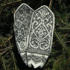 Ravelry: Tik-knit's Kiesten Larisdoter Church Mittens