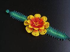 flores en chaquiras - Buscar con Google
