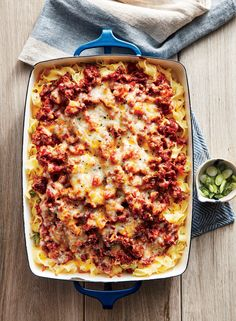 """Never ask """"What's for dinner? Consider these chicken and pasta recipes your weeknight starter pack. These easy meals will make dinner time a (delicious) breeze. Beef Casserole Recipes, Ground Beef Casserole, Hamburger Recipes, Goulash Recipes, Noodle Casserole, Most Popular Recipes, Favorite Recipes, Carne Picada, Ground Beef Recipes"""