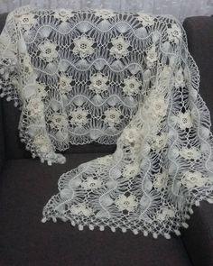 Making bridal vest models - Different bridal vest models # vest . - Crochet Clothing and Accessories Crochet Cardigan, Crochet Shawl, Crochet Stitches, Knit Crochet, Crochet Edgings, Cross Stitches, Crochet Motif, Lace Patterns, Baby Knitting Patterns