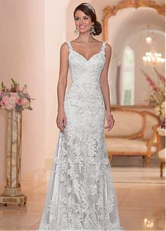 Elegant Tulle Spaghetti Straps Neckline Natural Waistline Sheath Wedding Dress With Lace Appliques