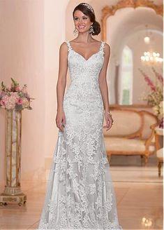 Elegant Tulle Spaghetti Straps Neckline Natural Waistline Sheath Wedding Dress With Lace Appliques