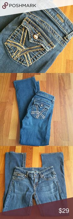 Kut From The Kloth Jeans So cute! Kut from the Kloth Jeans Boot Cut