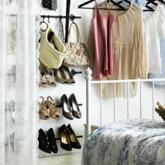 Are your shoes taking over the closet floor? Tidy them up and show them off with the FINTORP rail.