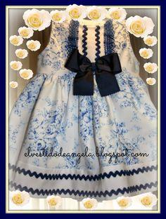 EL VESTIDO DE ÁNGELA: Vestido azul para Paula