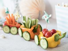 DIY - vegetable train for the table - Food - Prime Ribs How To Cook Brats, How To Cook Brisket, How To Cook Chicken, Snacks Für Party, Party Desserts, Kindergarten Snacks, Kreative Snacks, Brat Diet, Cooking Games For Kids
