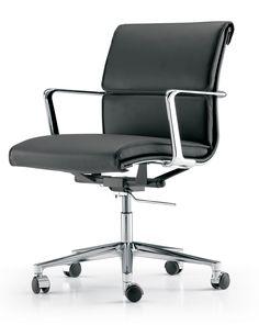 ICF's Una Executive chair