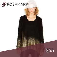 Bar III Long Sleeve Sweater This sweater features no lining, pull over style, eyelash-knit style, long sleeves, and acrylic fabric blend. 86% Acrylic 9% Polyester 5% Wool Bar III Sweaters