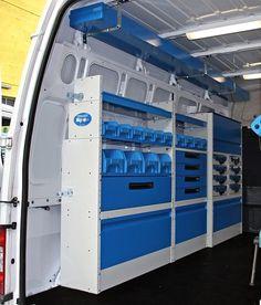 Lato sinistro scaffalatura sul Transit Ford