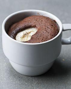 Sjokolade mug-cake med banan.