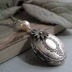Simplicity  Locket Medium Oval Antique Silver by StefenyStanyer, $26.00