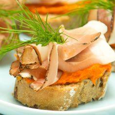 Here is a great recipe for Ham and Sweet Potato Hummus Canapes for the upcoming holiday season. navrazvam tehni4eski za savsem li4en dostap na Boiko