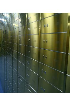 Safety Deposit Boxes (mainly bespoke) for sale An individually secured container, usually held within a larger safe or bank vault. Bank Safe, Safe Deposit Box, Vault Doors, Hotel Safe, Banks Vault, Safe Room, Direct Sales, Lockers, Bespoke
