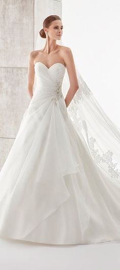 Gorgeous Tulle & Satin Sweetheart Neckline A-Line Wedding Dresses With Beaded Lace Appliques