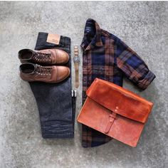 Check shirt outfits for men. How to wear check shirts for men. Mens Boots Fashion, Mens Fashion Blog, Fashion Outfits, Men's Fashion, Fashion Clothes, Classy Outfits, Cool Outfits, Flannel Outfits, Checked Shirt Outfit