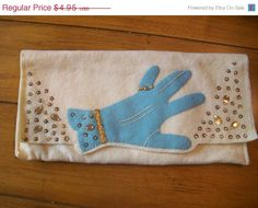 Sale Vintage Women's Glove Embroidered  Jeweled Embellished Felt Hand Travel Jewelry Pouch Case Purse Clutch on Etsy, $4.11