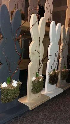 Tijdens deze gezellige creatieve workshop gaan we een houten paashaas pimpen. De kosten zijn €32,50 incl.