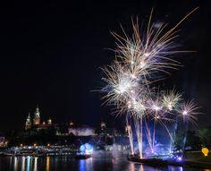 Fireworks over Wawel castle - Fireworks over Wawel castle in Krakow