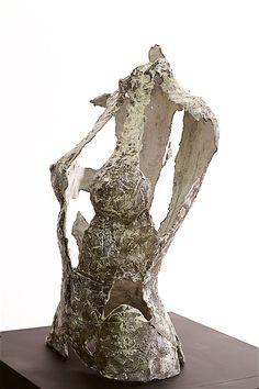 Lasse Nissilä: Broken, 2016. Concrete, 61x40x25 cm.