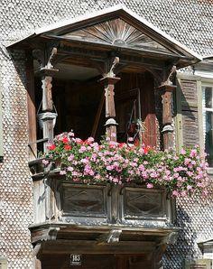 Balcony with window box in Bezau by πρώρα (Prora), via Flickr